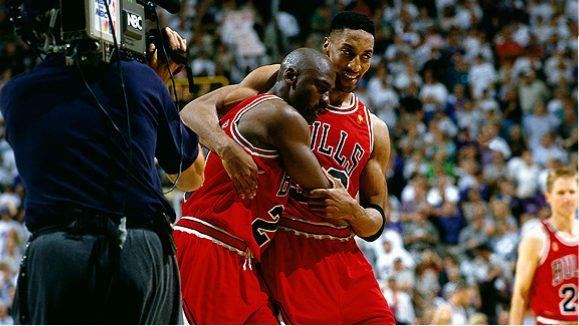 Michael Jordan抱病比賽