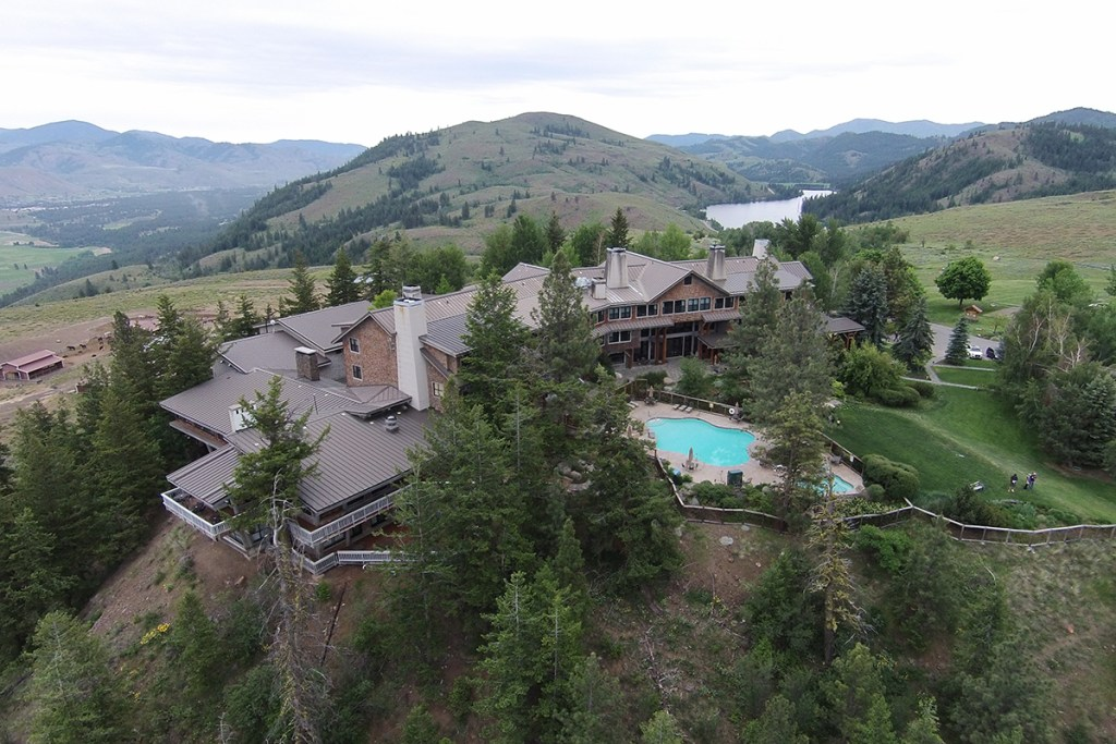 sun mountain lodge biking cross country skiing camping winthrop washington Camping at Pearrygin