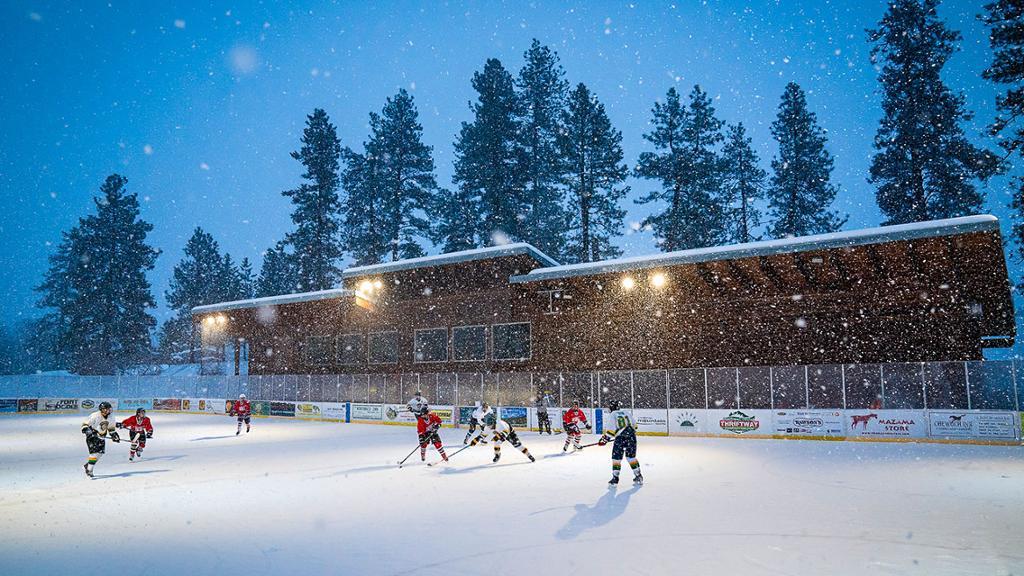 Heaven on ice winthrop rink seattle NHL outdoor hockey