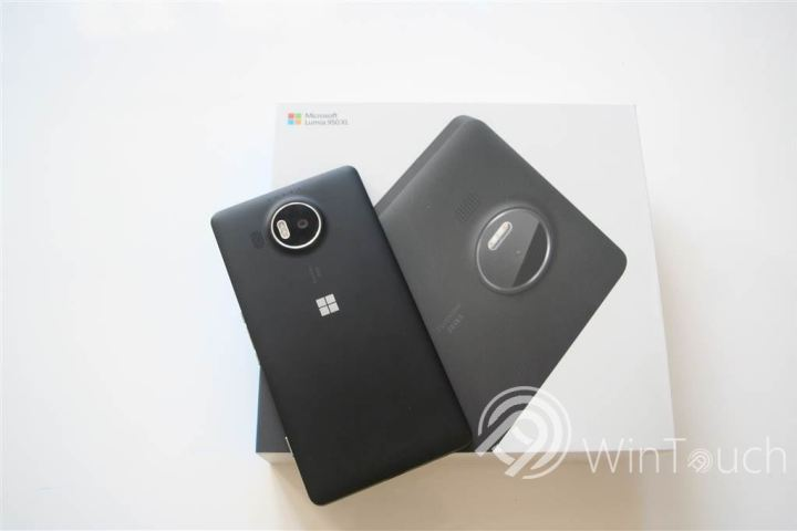 resized_Lumia 950XL (2)