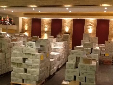 Unser Wein steht bereit für die anstehenden Auslieferungsfahrten