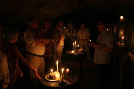 Weinprobe bei Kerzenschein in unserem Gewölbekeller