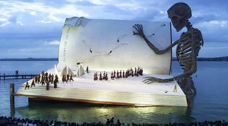 Giant-Book-Austria