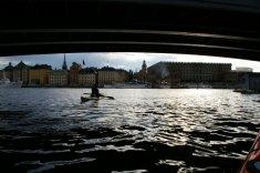 ...otwiera się przed nami panorama Starego Miasta wraz z ogromną bryłą Zamku Królewskiego po prawej.