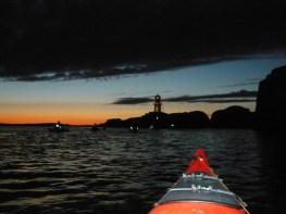 Żadne zdjęcie nie odda wrażeń z nocnego pływania (fot. Krzysztof Sibielski)