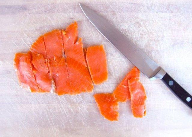 Mezze penne al salmone