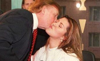 Donald tromp en relación social