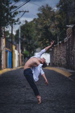 Este fotógrafo captó lo mejor de la CDMX con bailarines de ballet 7-1