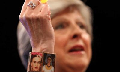 Theresa May usó un brazalete de Frida Kahlo, Frida Kahlo, Frida Kahlo y Theresa May, Theresa May, Congreso del Partido Conservador, Theresa May en Congreso del Partido Conservador, Comunismo, Conservador