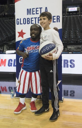 Jahmani Swanson es el basquetbolista de 1.35 m que llegó a los Harlem Globetrotters 000_VF870