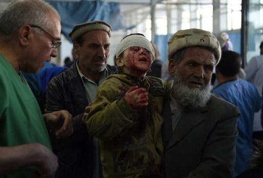 Al menos 95 muertos deja un atentado en Kabul 000_Y03PZ