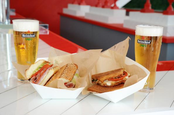 Comer sandwiches contaminan más que los coches 453873578