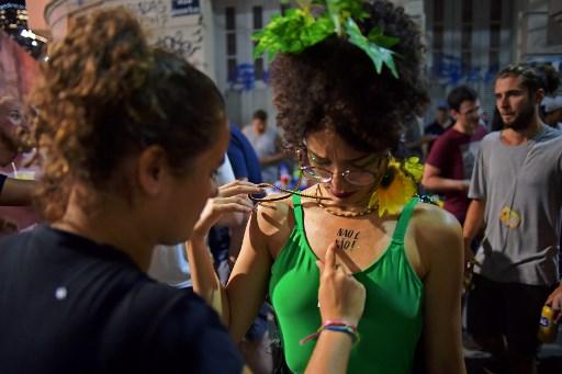 """""""No es no"""": la campaña contra el acoso en el Carnaval de Río de Janeiro 000_Z99KB"""