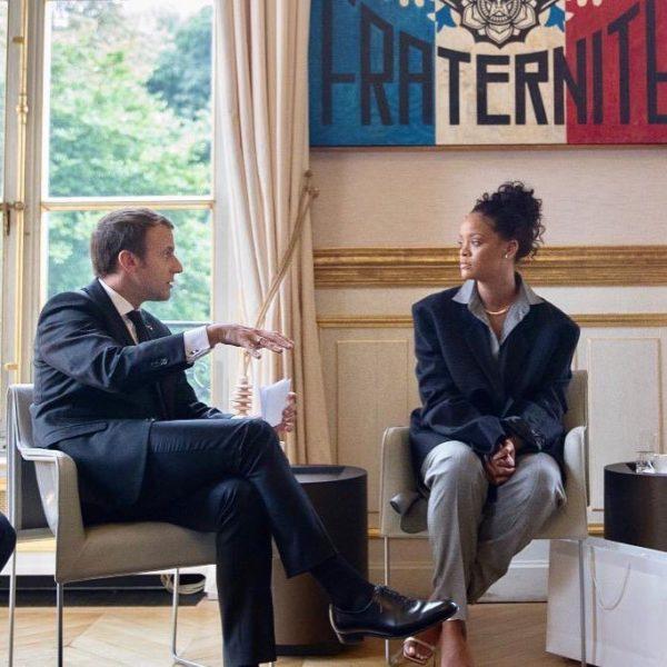 Rihanna y Macron recaudan dinero para financiar educación en África dfrqur_xoaa3b9f