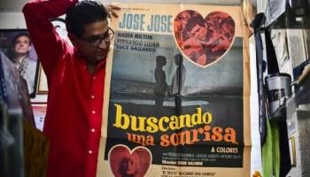 fan número 1 de José José, El príncipe de la canción, colección del fan de José José, imitador de José José, José José hospitalizado