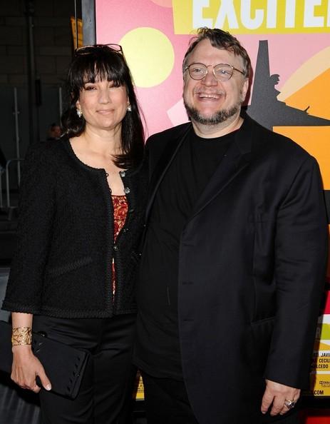 Después de los Premios Oscar: Guillermo del Toro confirma su divorcio GuillermodelToroLorenzaNewtonExcitedLi_3EYYQYJMl