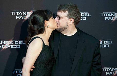 Después de los Premios Oscar: Guillermo del Toro confirma su divorcio lorenza_newton_0