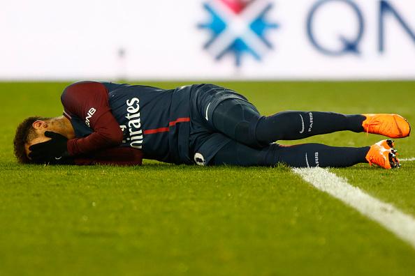 No se preocupen, sólo falta un mes para la recuperación de Neymar 925230400