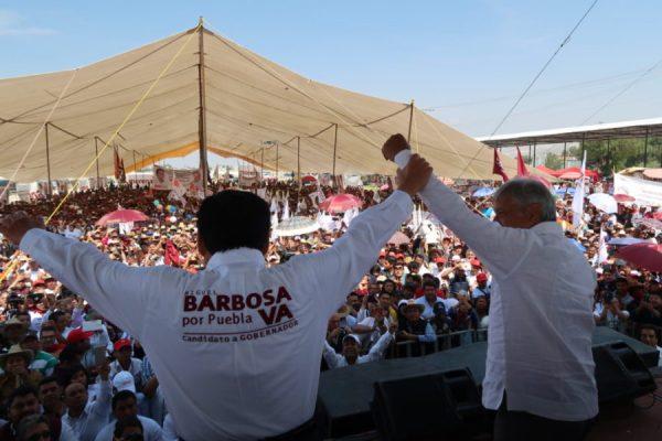 AMLO anuncia que dos expresidentes del PAN se acaban de unir a MORENA Tepeaca-Puebla-04-1024x683-600x400