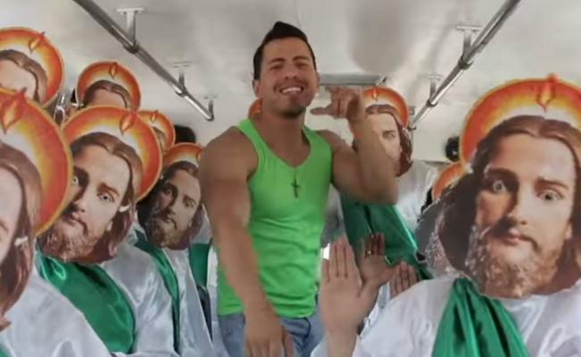 "VIDEO: ""Chavo Chaka"" le responde a la ""Niña Bien"" de AMLO chavo_chaka"