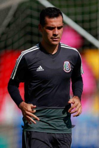 Rafa Márquez sí va al mundial pero sin patrocinadores marquez-2.jpg_686523296-333x500