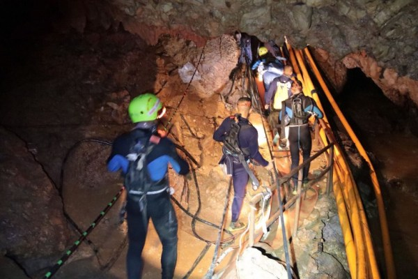 Todos a salvo: rescatan a niños atrapados en cueva de Tailandia 000_17A8FC-600x399