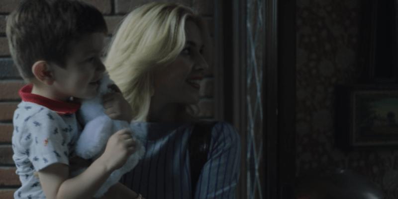 """Micky conoce el paradero de Marcela en plena muerte de Luis Rey en el último capítulo de """"Luis Miguel, la serie"""" Captura-de-pantalla-2018-07-15-a-las-23.17.47"""