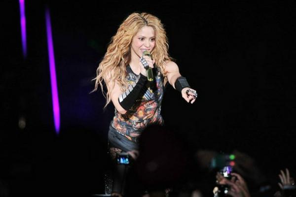 Por cantar en catalán amenazan a Shakira Dise%C3%B1o-sin-t%C3%ADtulo-279