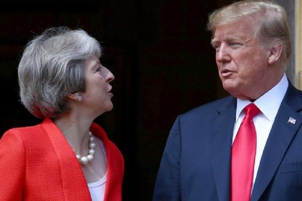 Pese a las protestas, La Reina Isabel II recibió a Donald Trump y Melania en Winsor Dise%C3%B1o-sin-t%C3%ADtulo-313