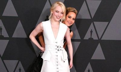 Emma Stone y Jennifer Lawrance