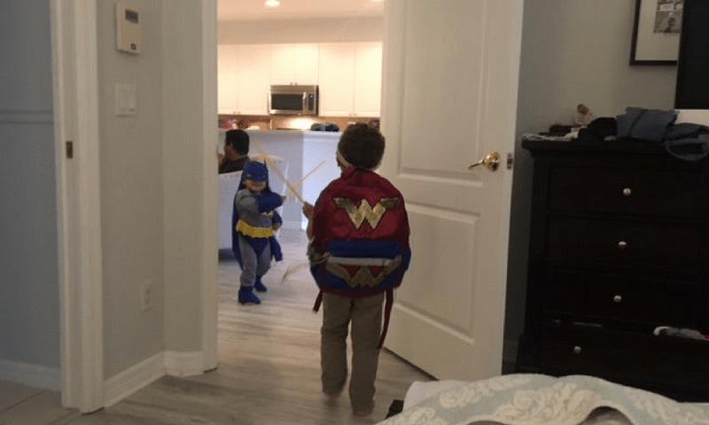 Gal Gadot defendió a un niño por usar una mochila de 'Wonder Woman' wonder-600x360