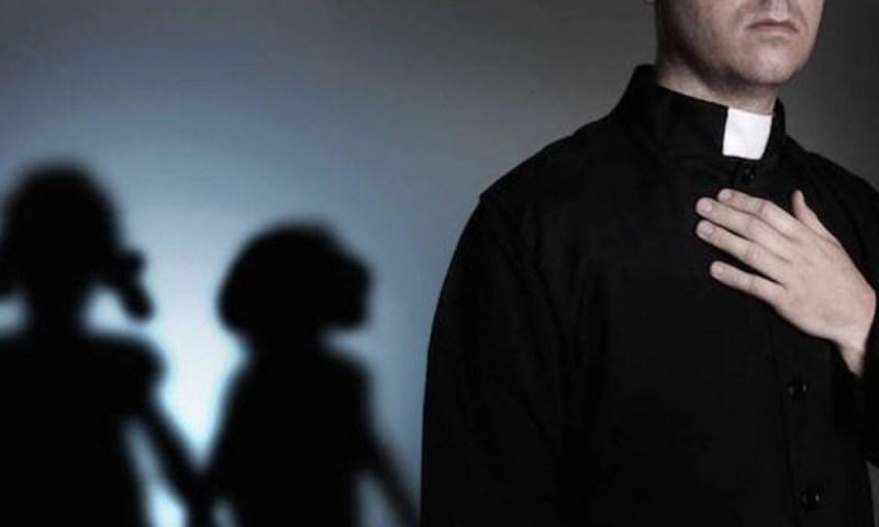 Víctima de sacerdote pederasta demanda al Vaticano V%C3%ADctima-de-sacerdote-pederasta-demanda-al-Vaticano-4