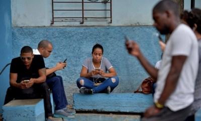 Cuba estrena internet móvil