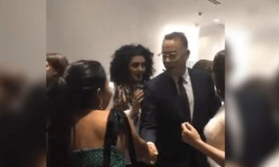 Yalitza Aparicio y Tom Hanks