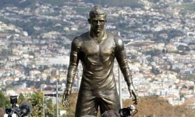 Estatua de Cristiano Ronaldo