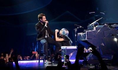 Bradley Cooper y Lady Gaga cantaron sorpresivamente