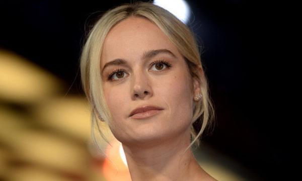 Brie Larson impactó con su vestido en la premier de 'Captain Marvel' Brie-Larson-impacto%CC%81-a-todos-con-su-vestido-1-600x360