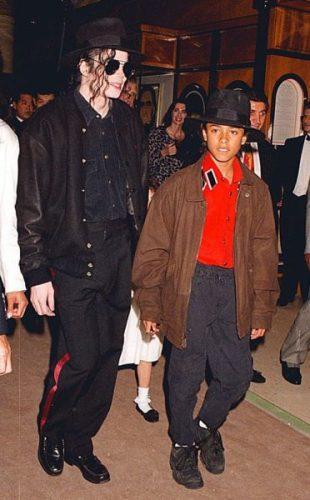 Estos fueron los niños que denunciaron a Michael Jackson por abuso 0_Michael-Jackson-and-Jordie-Chandler-310x500
