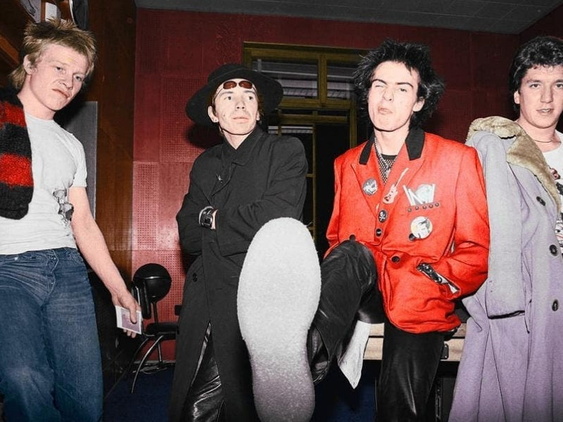 carrera musical de 'Sex Pistols', discos de Sex Pistols, Sid Vicious, Nancy Spungen, Jhonny Rotten, God save the Queen, punk en Reino Unido
