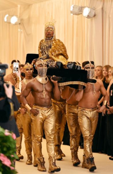 La moda llegó a Nueva York con los outfit de la 'Met Gala 2019' Captura-de-pantalla-2019-05-06-a-las-19.20.16