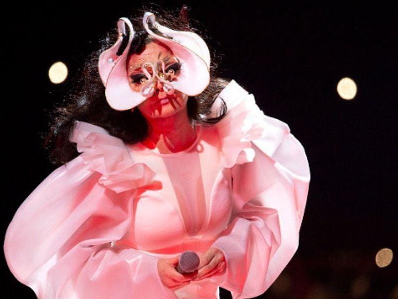Björk regresa a México