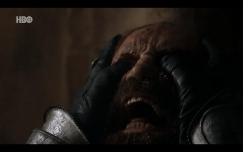 """Quinto capítulo de la última temporada de 'Game of Thrones': """"The Bells"""" The-hound-mueren"""