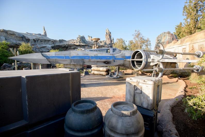 Revelan los primeros vistazos del parque 'Star Wars: Galaxy's Edge' star-wars-galaxy-edge-viviras-8