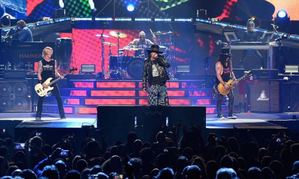 Guns N' Roses regresa