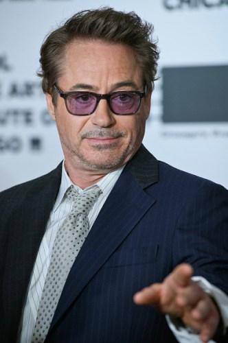 Muerto o no, 'Tony Stark' sigue haciendo millonario a Robert Downey Jr. gettyimages-1156186652-594x594-332x500