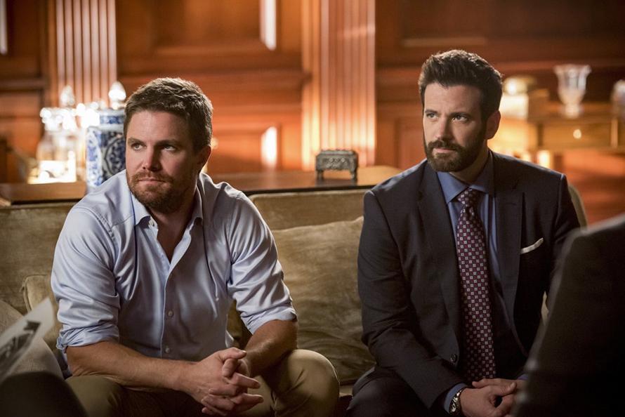 Las fotos de la última temporada de 'Arrow' trae el regreso de difuntos personajes Arrow-Final-Season-02