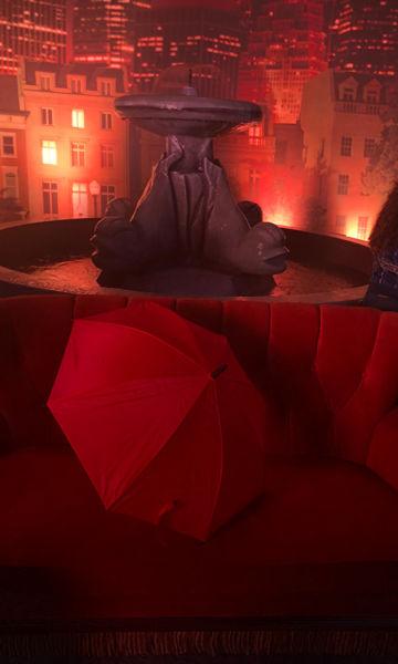 El Central Perk y la fuente de 'Friends' ya se encuentran en la Ciudad de México Warner-House-06