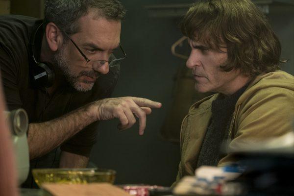 Nuevas fotos de 'Joker' revelan si habrá o no cameo de Jack Nicholson joker-todd-phillips-joaquin-phoenix-600x400