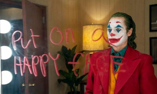A sólo 4 días de su estreno, 'Joker' rompió otro récord Joker-rompio%CC%81-otro-re%CC%81cord-al-rebasar-100-millones-en-taquilla-600x360