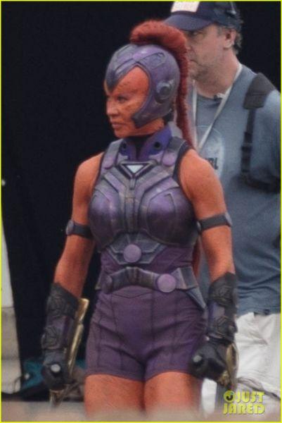 ¿Y Harley? Filtran fotos de los nuevos trajes de 'The Suicide Squad' the-suicide-squad-cast-set-photos-19